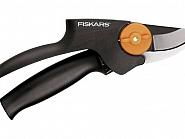 111520 Sekator z rączką obrotową PowerGear Fiskars, P92