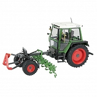 WT1011 Traktor Fendt wspornik narzędzia 360 GT z motyką do buraków