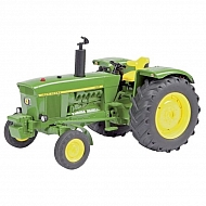 O07675 Traktor John Deere 3120