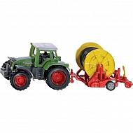 S01677 Traktor Fendt z bębnem i wężem nawadniającym