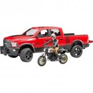 U02502 Ram 2500 z kierowcą i motorem Ducati